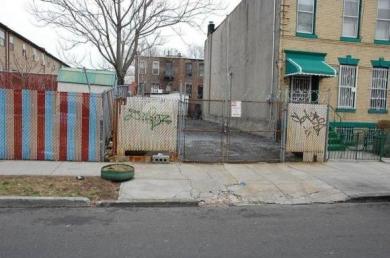 479 Warwick St, Brooklyn, NY 11207