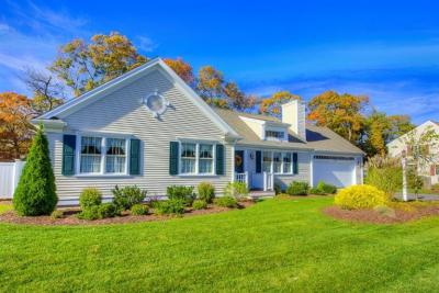 Photo of 141 Schooner Lane, Barnstable, MA 02601