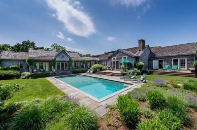 Photo of 8 Boldwater Road, Edgartown, MA 02539