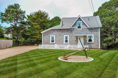 Photo of 271 Ocean Street, Barnstable, MA 02601