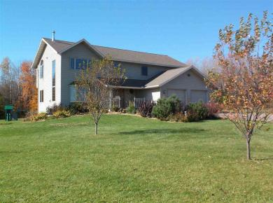 135 Lincoln Drive, Athens, WI 54411