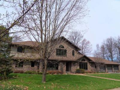 Photo of 1526 Riverglen Ave, Rhinelander, WI 54501