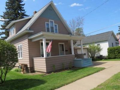 Photo of 120 Rives St E, Rhinelander, WI 54501