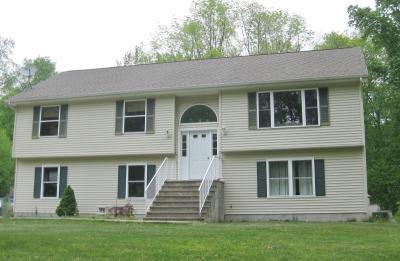 Photo of 3 Foley Dr, Hampton Township, NJ 07860