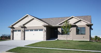 1515 Timber Wolf Dr, North Liberty, IA 52317