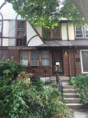Photo of 67-103 Exeter St, Forest Hills, NY 11375