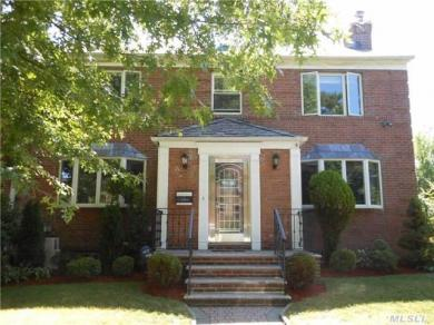 64-03 Dieterle Cres, Rego Park, NY 11374