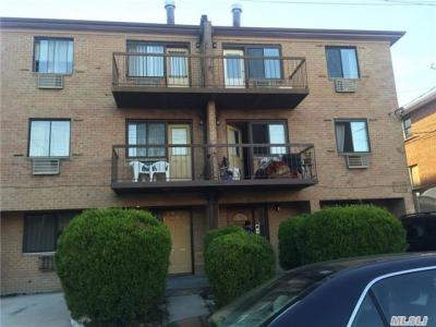 Photo of 61-36 169 St, Fresh Meadows, NY 11365