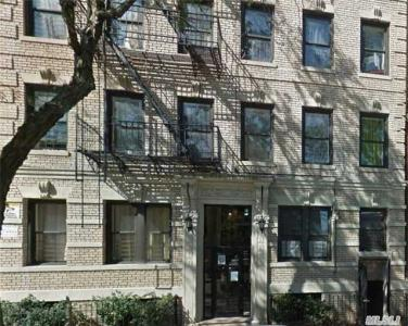 2505 Hoffman St #25, Out Of Area Town, NY 10458