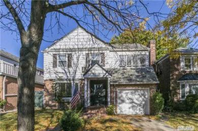 64-15 Cromwell Cres, Rego Park, NY 11374