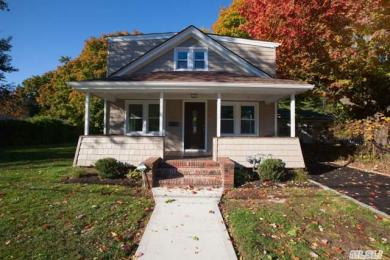 281 Lawrence St, Uniondale, NY 11553