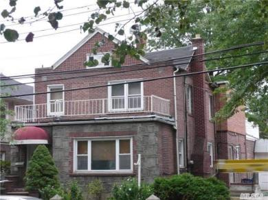 71-31 112 St, Forest Hills, NY 11375