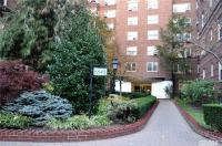 68-61 Yellowstone Blvd #204, Forest Hills, NY 11375