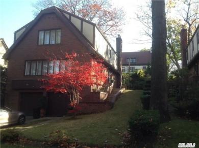 106-16 Shorthill Rd, Forest Hills, NY 11375