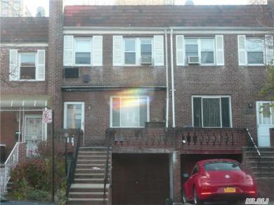 102-42 65 Rd, Forest Hills, NY 11375
