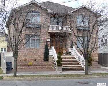 98-07 165 Ave, Howard Beach, NY 11414