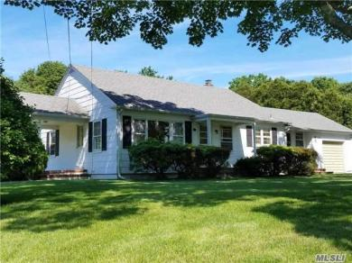 272 Washington Ave, Jamesport, NY 11947