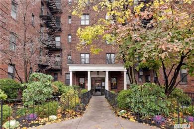 98-50 67th Ave #4b, Forest Hills, NY 11375