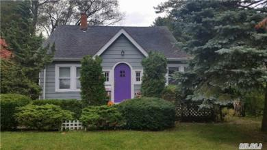 15 N Orchard Rd, E Patchogue, NY 11772