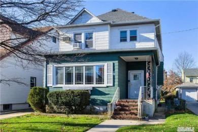 22 Holland Ave, Floral Park, NY 11001