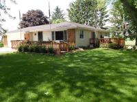 W2654 State Road 49, Leroy, WI 53006