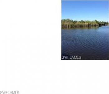 415 SW 14th Ave, Cape Coral, FL 33991