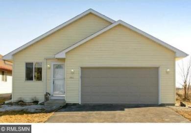 806 NW Juniper Lane, Montgomery, MN 56069