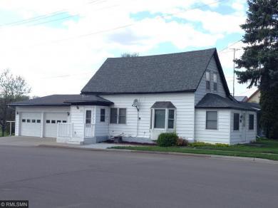 210 Rhoda Avenue, Swanville, MN 56382