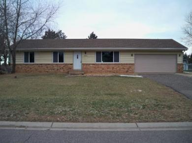 2501 NE 152nd Lane, Ham Lake, MN 55304