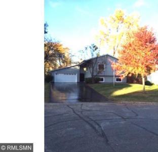 13616 S Upton Avenue, Burnsville, MN 55337