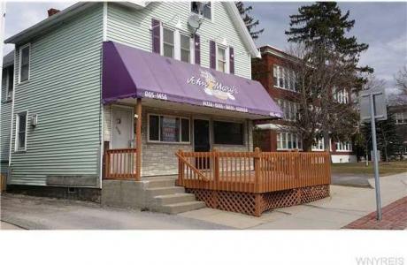 406 Main St, Aurora, NY 14052
