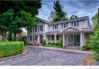5535 Old Goodrich Rd, Clarence, NY 14031