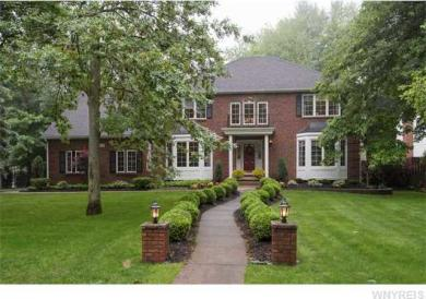 8409 Bridlewood Dr, Clarence, NY 14051