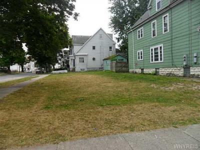 Photo of 121 School St, Buffalo, NY 14213