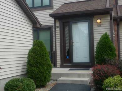 203 Charlesgate Cir, Amherst, NY 14051