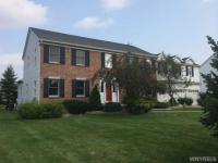 6289 Crosswinds Ct, Clarence, NY 14051