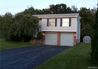 6659 Royal Pkwy North, Lockport Town, NY 14094