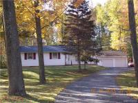 3242 Lower Mountain Rd, Cambria, NY 14132
