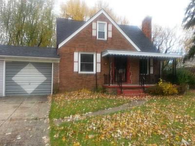 Photo of 41 Cedar Rd, Cheektowaga, NY 14215