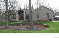 197 Forest Creek Ln, Grand Island, NY 14072