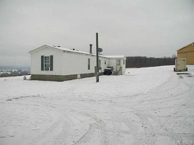 11585 North Rd, Freedom, NY 14065