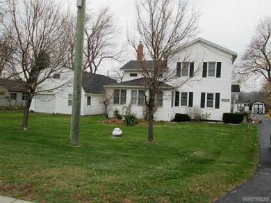 10370 Main St, Clarence, NY 14031