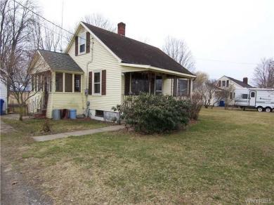 9986 Ridge Rd, Hartland, NY 14105