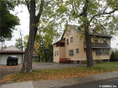 Photo of 150 Parkdale Ter, Rochester, NY 14615
