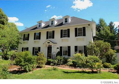 Photo of 165 Windemere Rd, Rochester, NY 14610