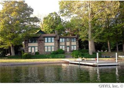 Photo of 355 Wide Waters Ln, Niles, NY 13021