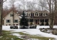 145 Scenic Dr, Blakeslee, PA 18610
