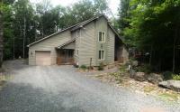 281 White Pine Dr, Pocono Lake, PA 18347