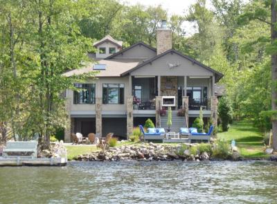 Photo of 266 S Lake Drive, Lake Harmony, PA 18624