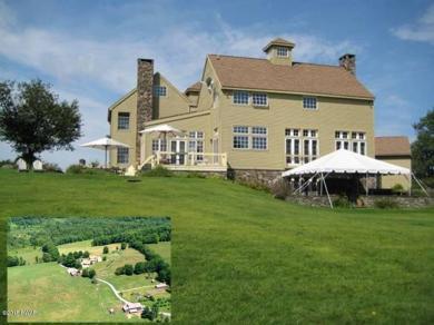 1 Fallsdale Farm Dr, Tyler Hill, PA 18469